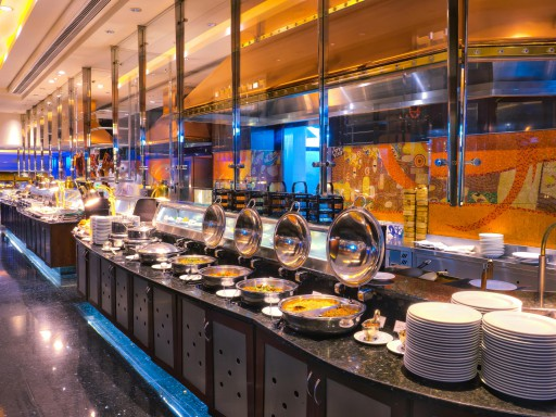 Savor The Whole New Autumn Global Buffet At Noite E Dia Café